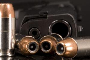 Guns_&_Ammo_2